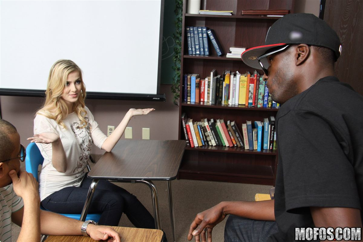 abigaile johnson gets screwed a black guy in her class main image