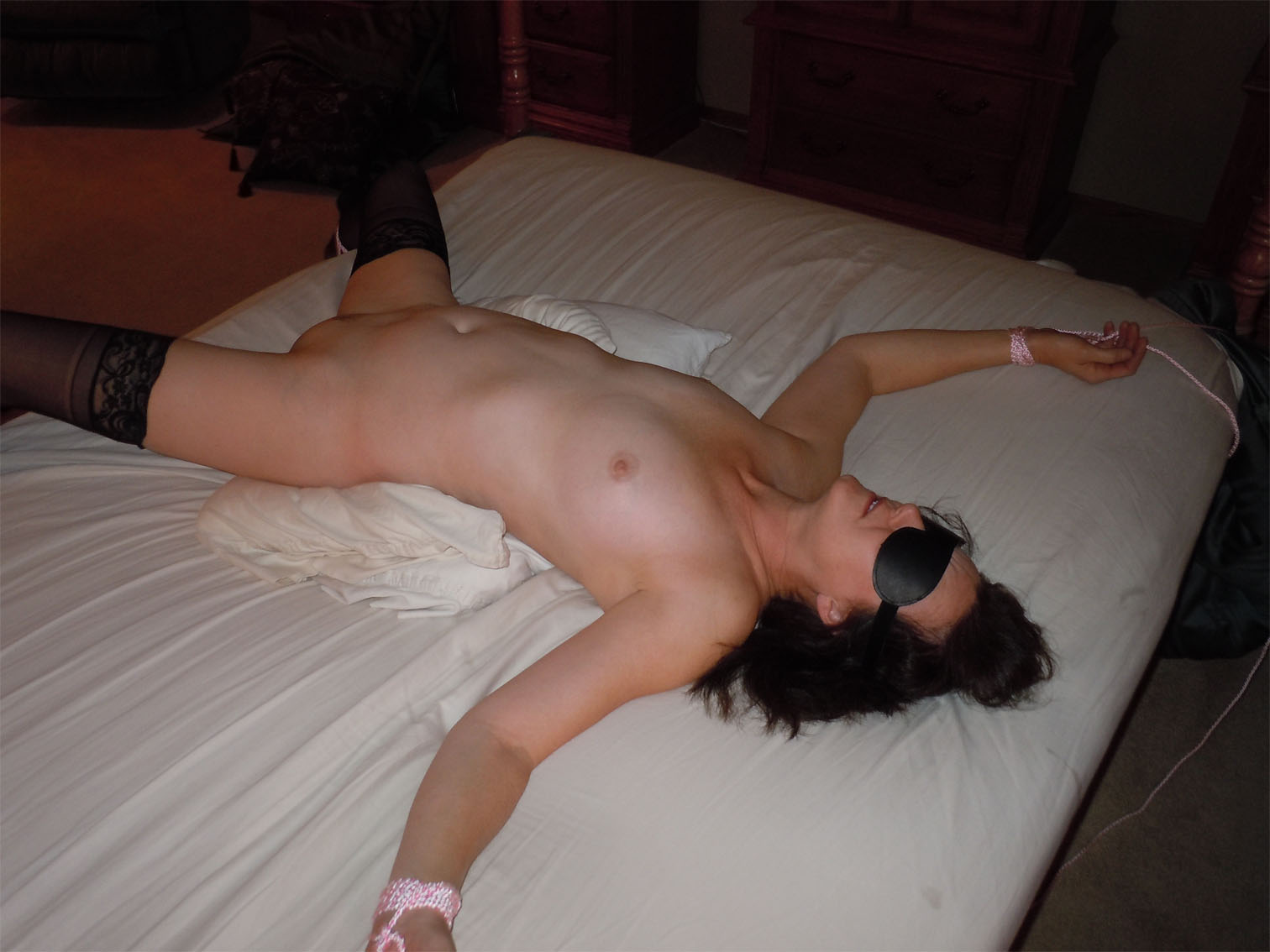 Amateur Shared Wife Free Porn Pics showing xxx images for real wife shared threesome xxx | www