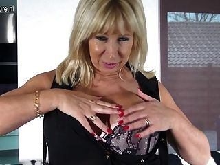amazing nerdy mother with big tits and hungry pussy tmb