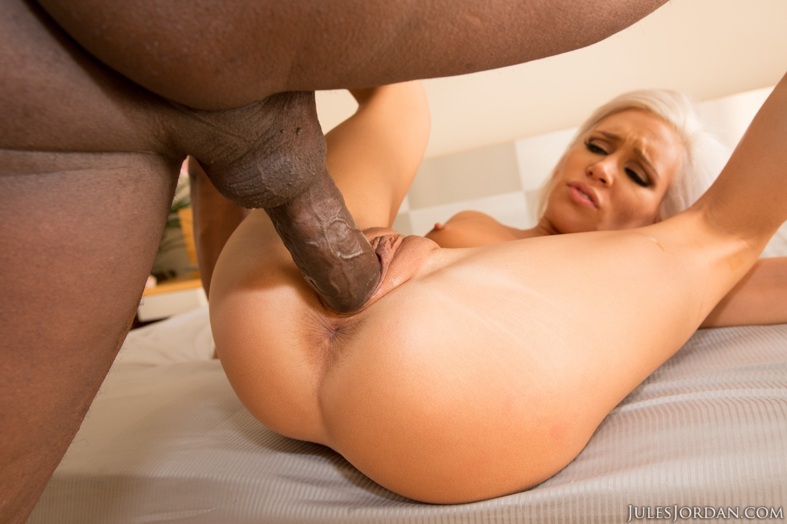 Large pussy fuck porn