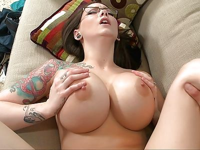 beeg american babe big tits porno gratis xnxx 2