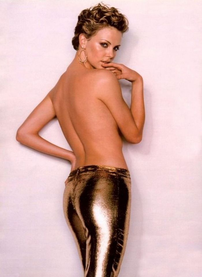 Theron nackt charlize sexy *UNCENSORED* Charlize