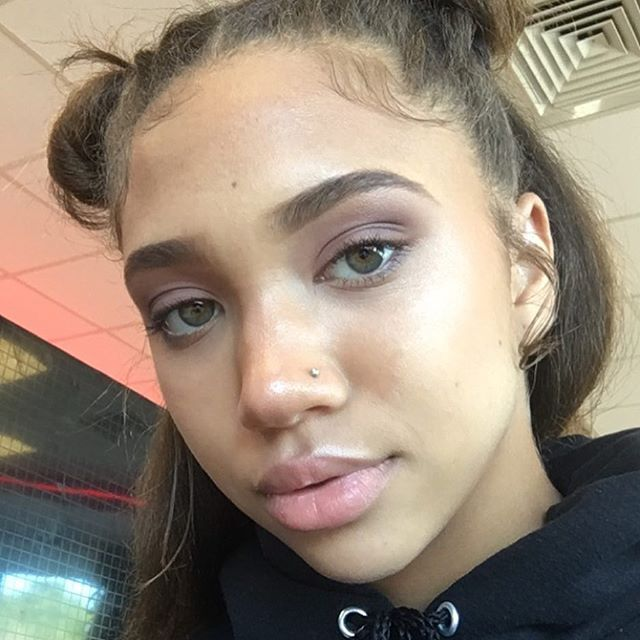 Light Skin Ebony Teen Facial