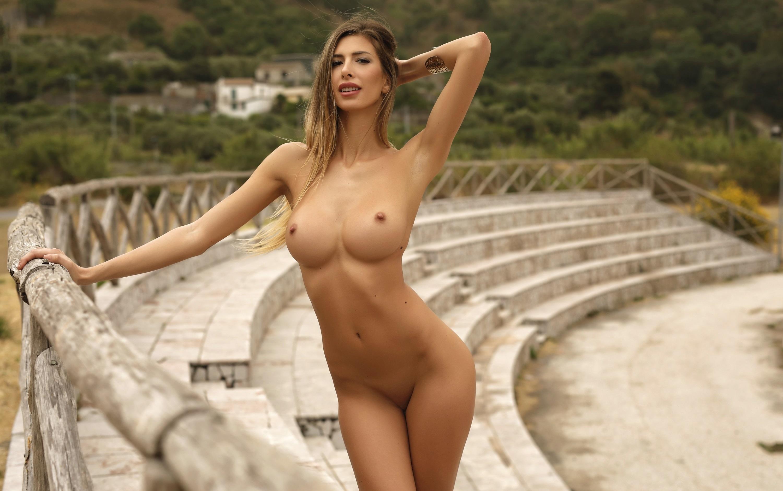 Anastasia Baranova Naked lindy booth breasts - megapornx