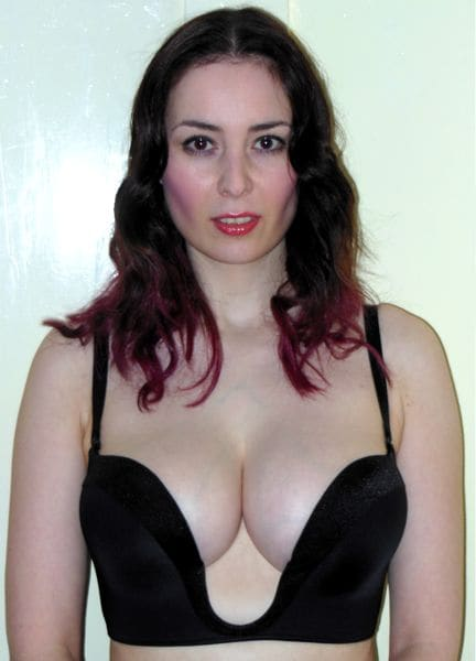 big tits in bra deep cleavage naked photo