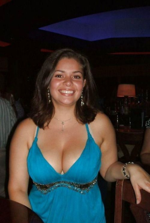busty girl big tits busty girls pinterest girls