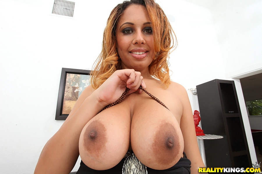 dark brown nipples - MegaPornX