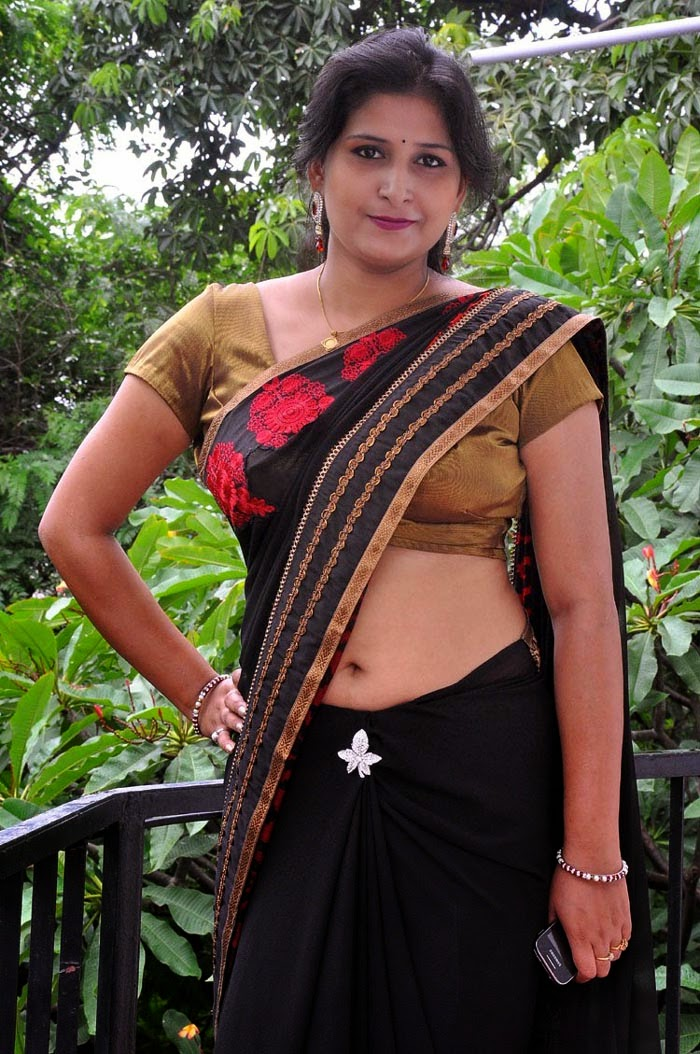 Something is. saree navel hot indian aunties sexy are not right