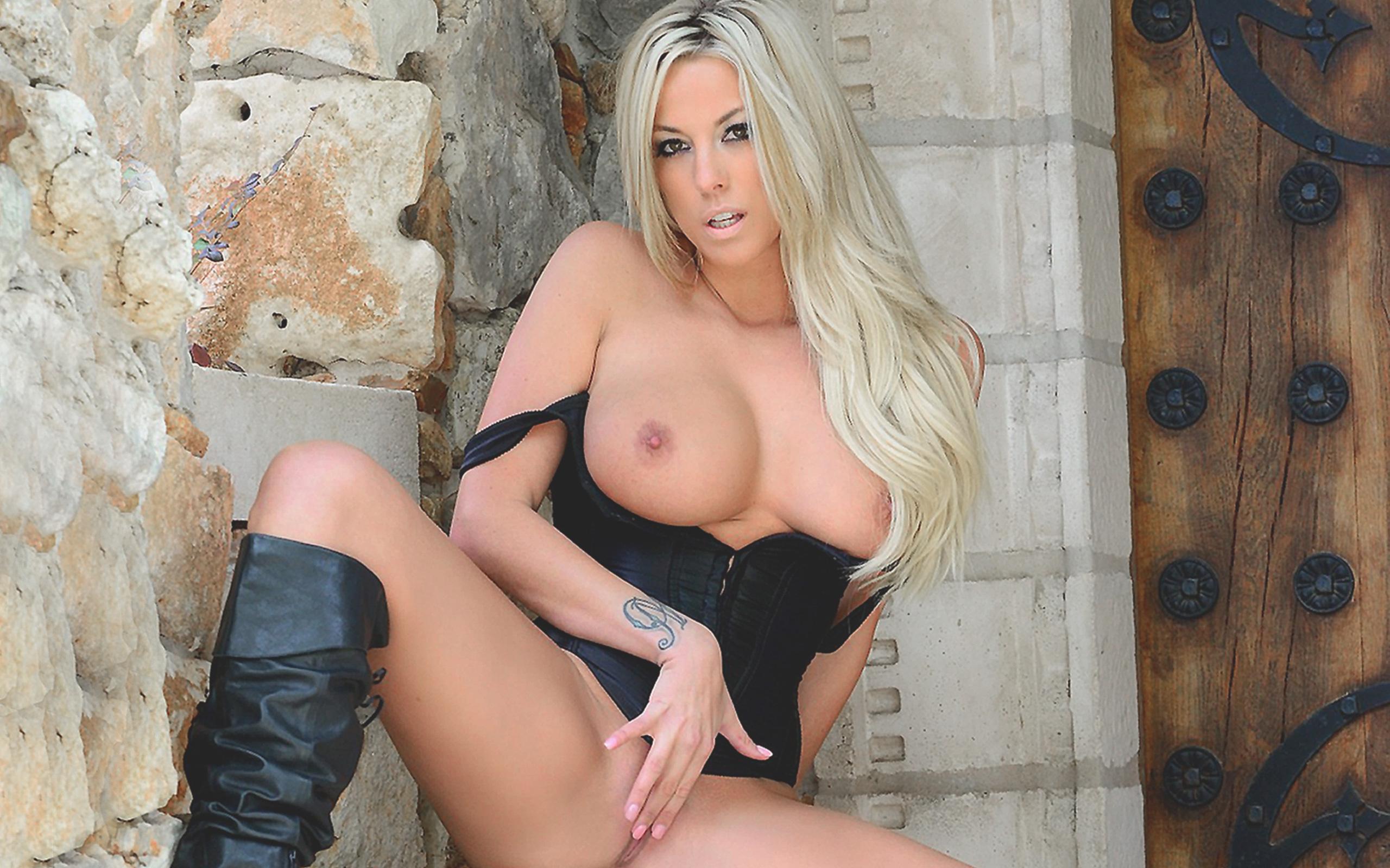 download big tits model beauty sensual gisele