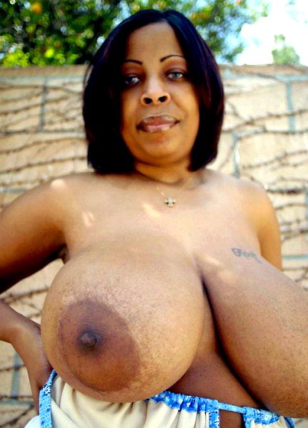 Big beasted vintage nudes