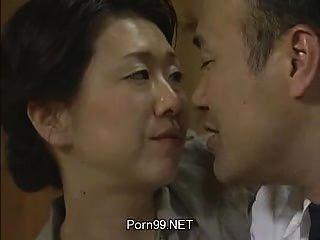 family porn videos 4 - MegaPornX