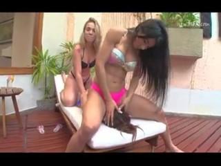 Brazil Lesbian Facesitting Tube