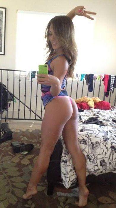 girls selfies hot selfies selfie sexy mirror selfies girl pics beautiful women beautiful legs bad girls honey buns