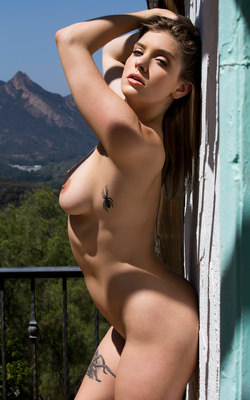 Teresa palmer nackt
