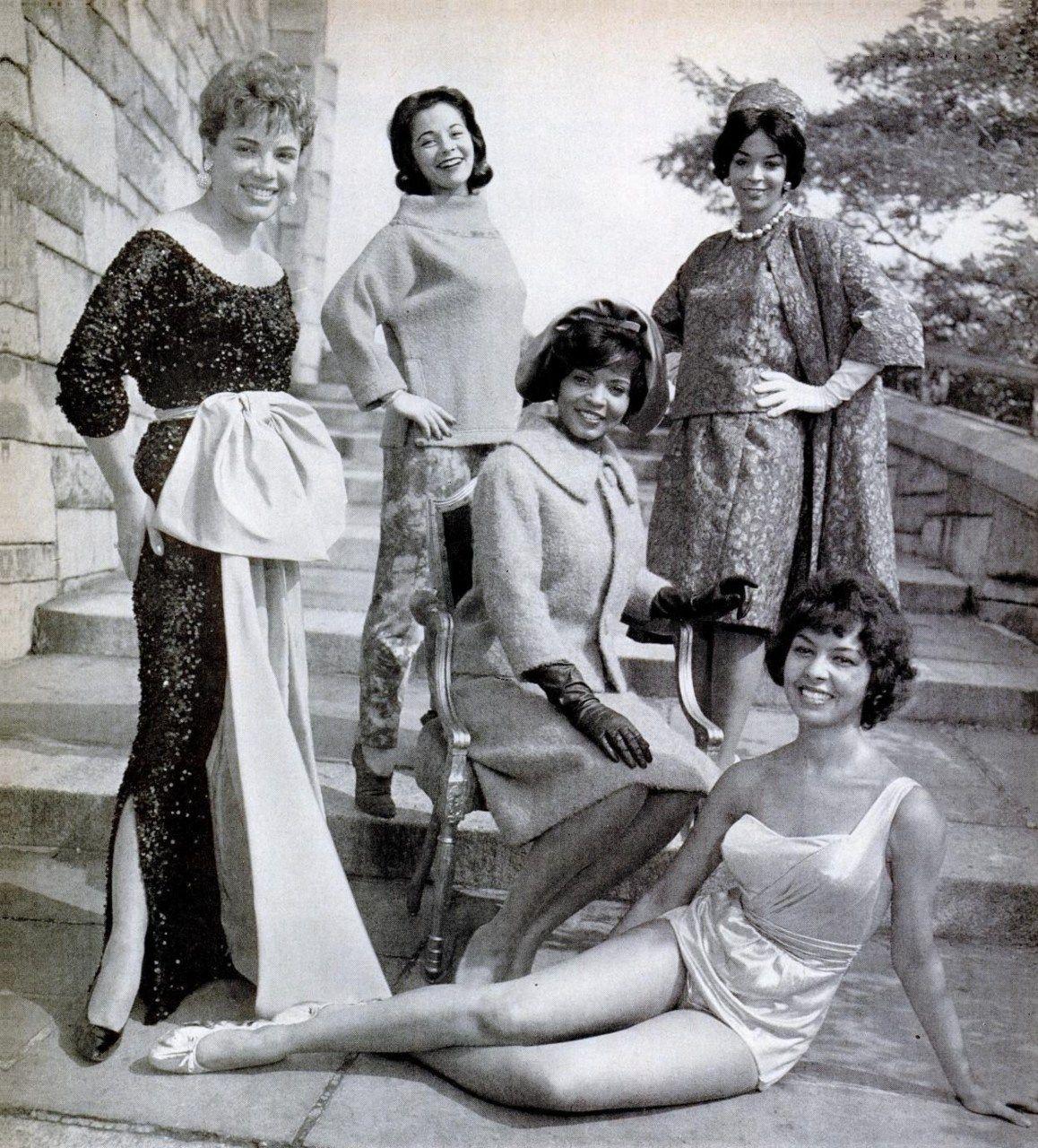 gorgeous vintage photo of black women throwback pinterest