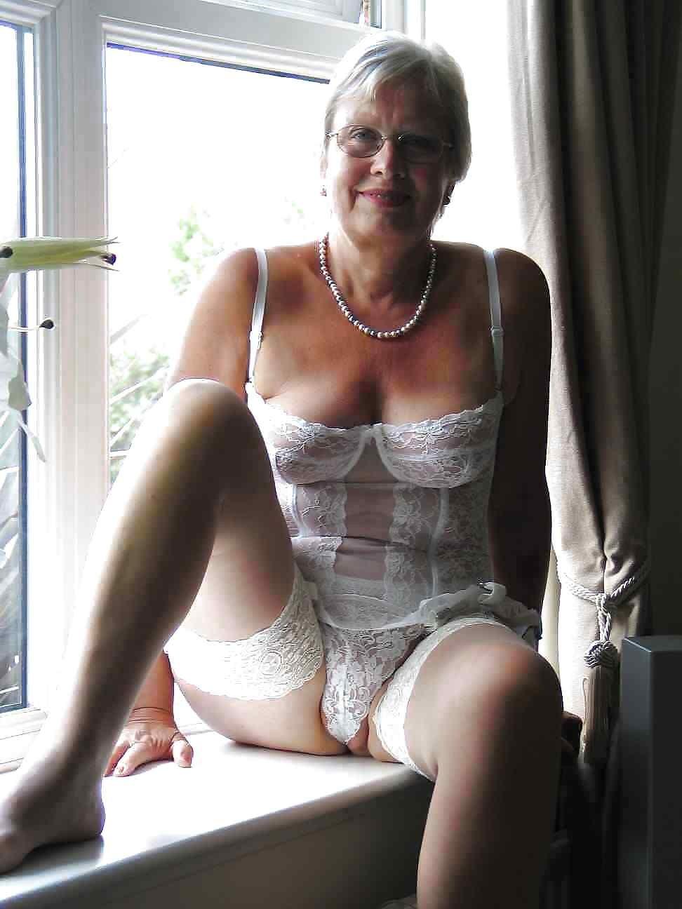 grannie sexy big asses sexy