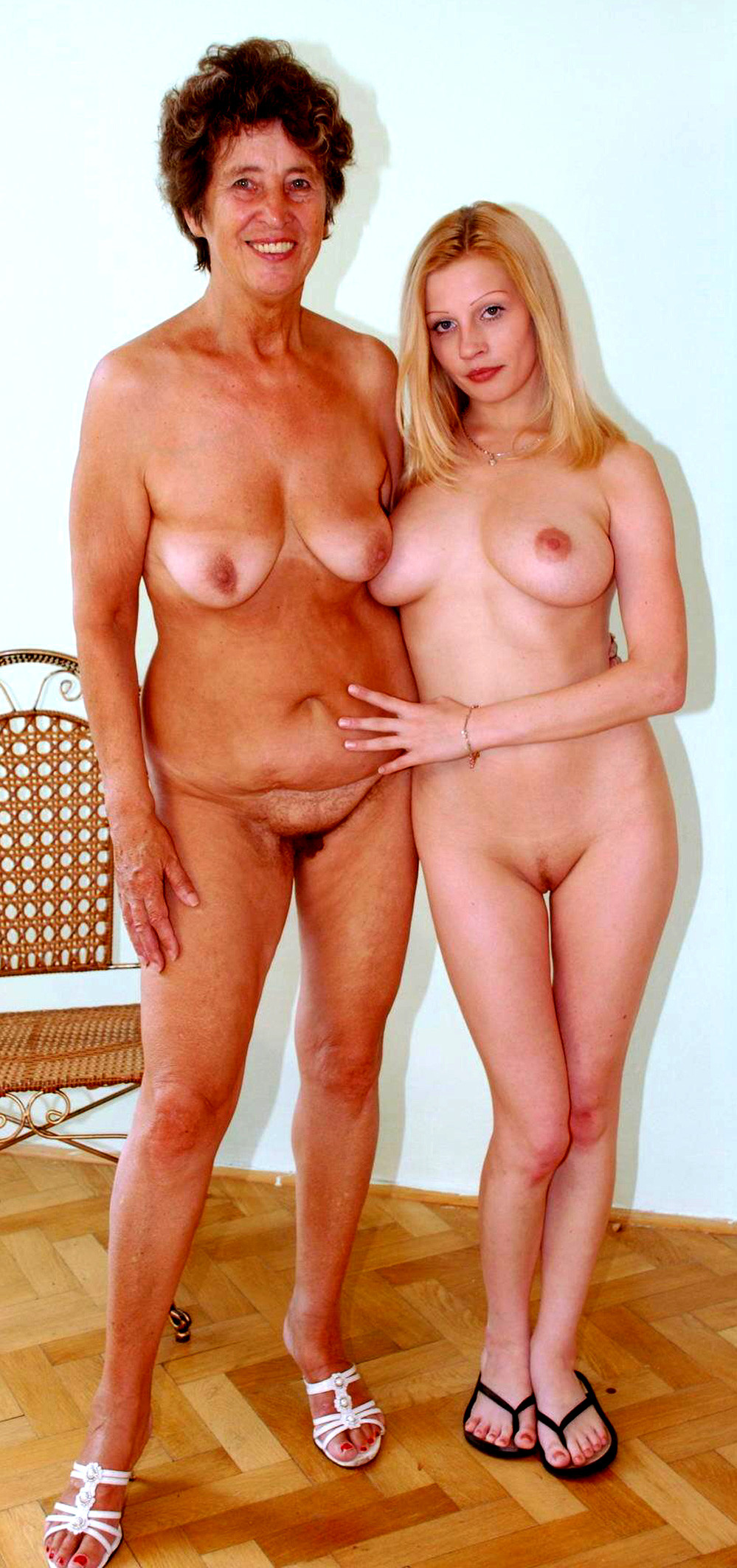 Authentic Mother And Daughter Porn Pics real mom daughter nude and real mother daughter nude photos