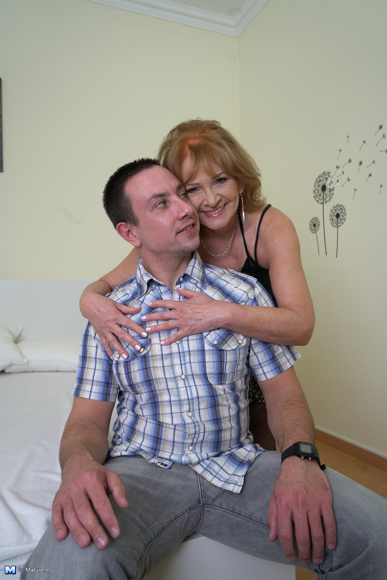 3 Matures And Boy Porn dominant mature chick uses her boy toy - megapornx