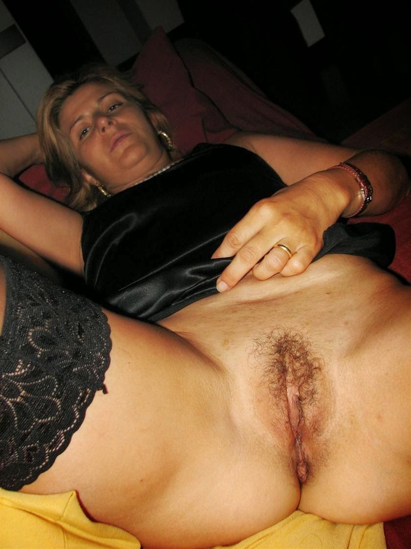 hairy pussy italian pussy porn amateur italian milf with hairy pussy