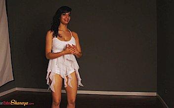 hd premium shanaya indian porn princess shaning dancing naked 1