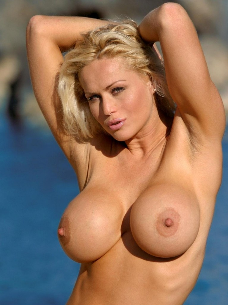 Milf perfect tits