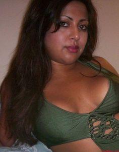 Aunty naked pic - MegaPornX com