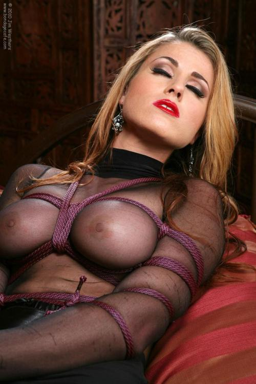 Xxx blog sapphic erotica
