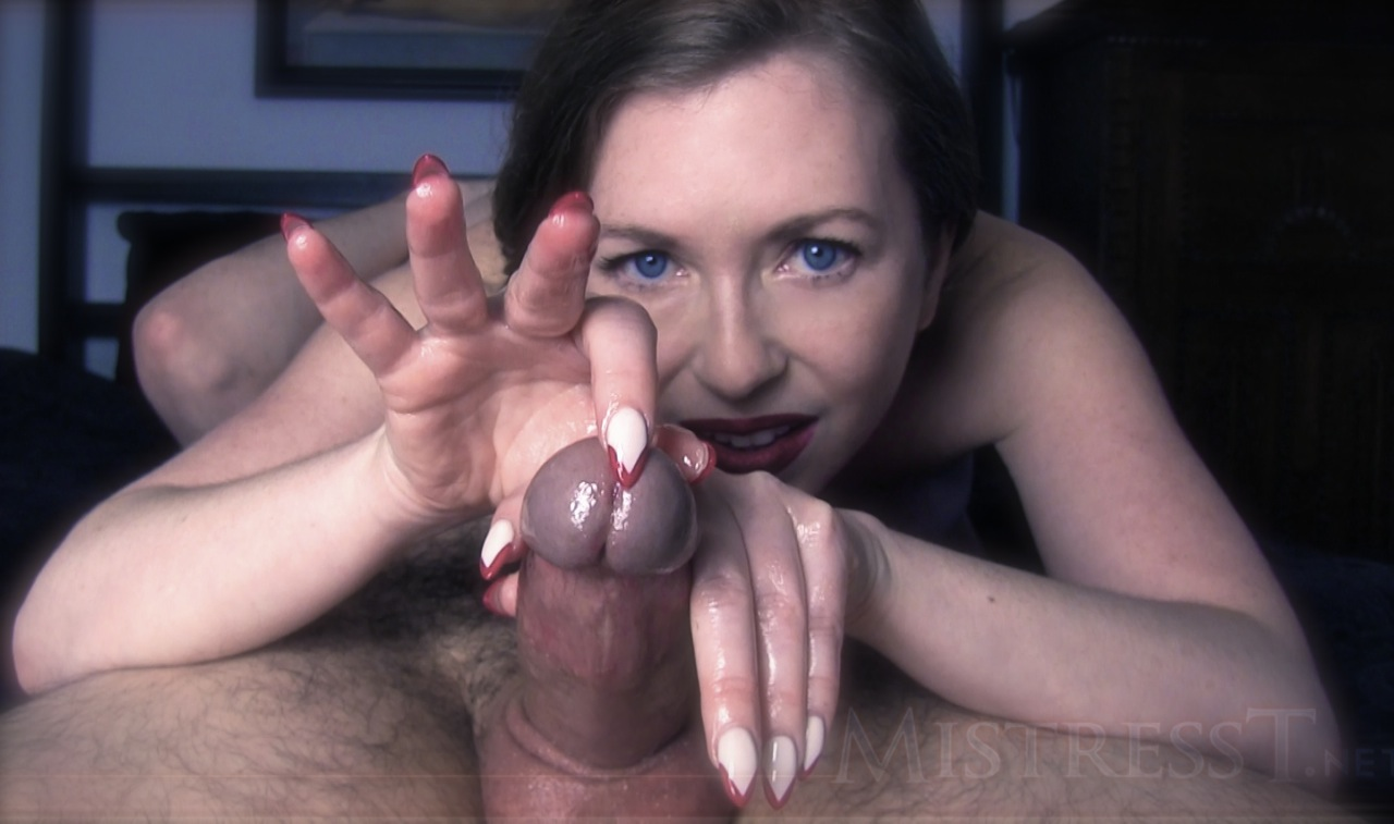 did not puremature wife surprises man with lingerie and blowjob long time here