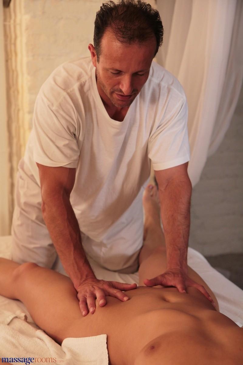 Erotic Massage George Uhl