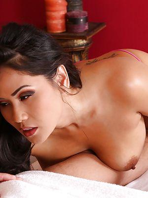 Bilder thai sex Thai Photos,