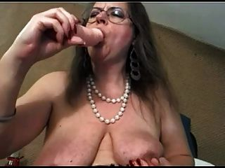 mature with big clit and big saggy tits negrofloripa tmb