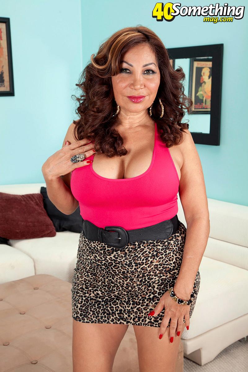 Mature Latina Anal Creampie