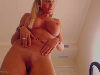 mfc laurie sexy blonde big fake tits webcam