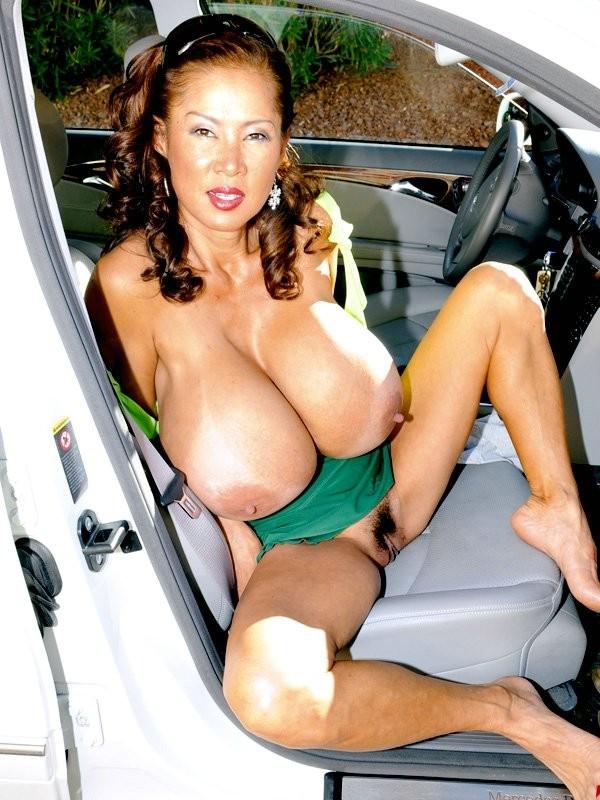 Kelly nackt joanne Joanne