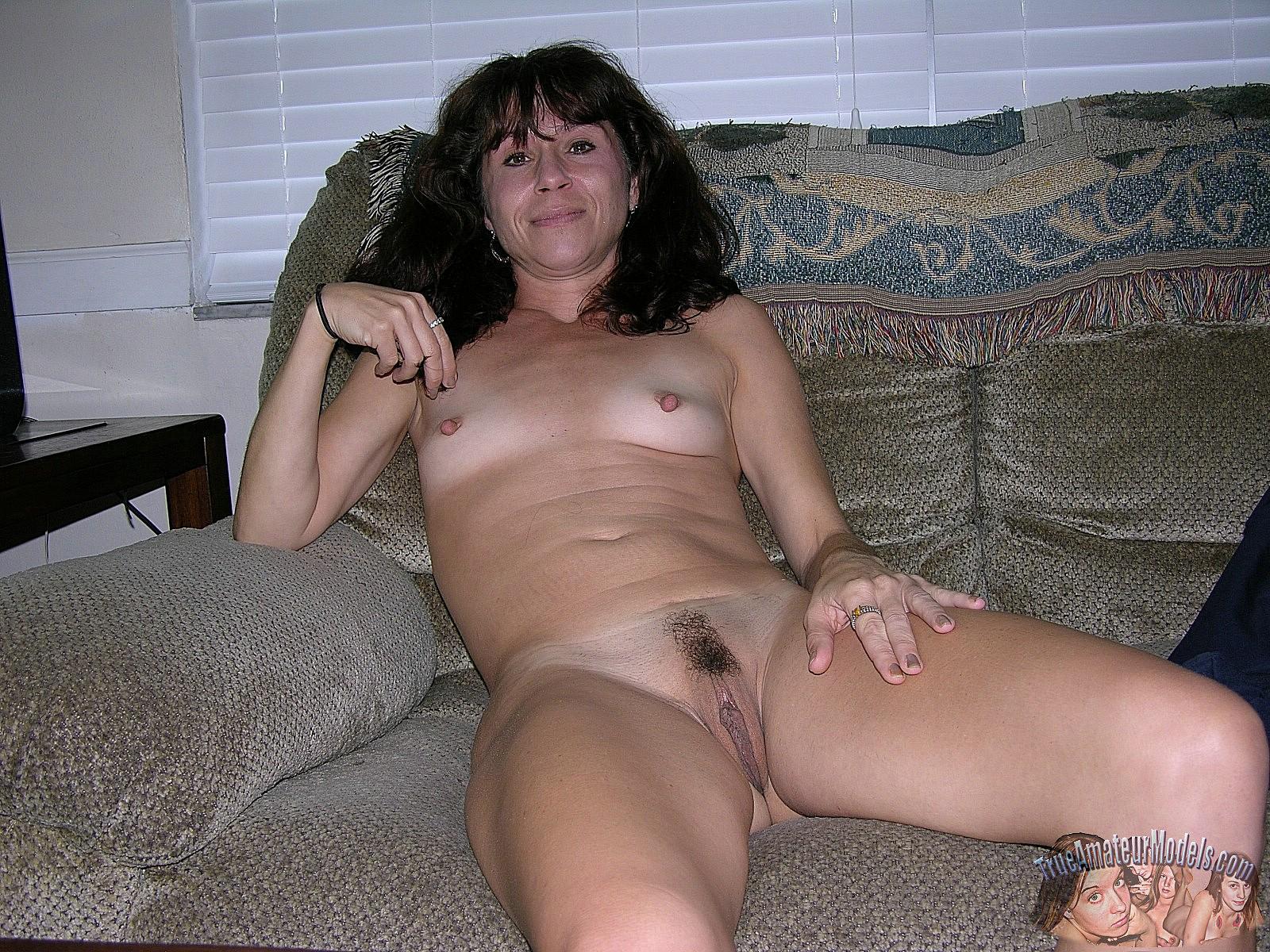 Real amateur soccer mom cheats porn tube