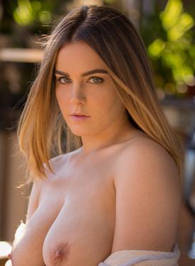 natasha nice pornstar videos in mobile porntube