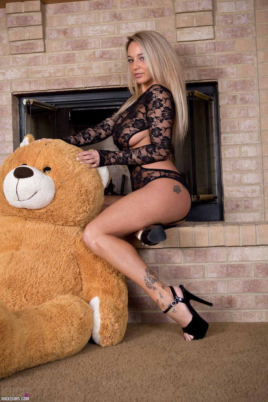 nikki sims teddy bear nudes hotty stop