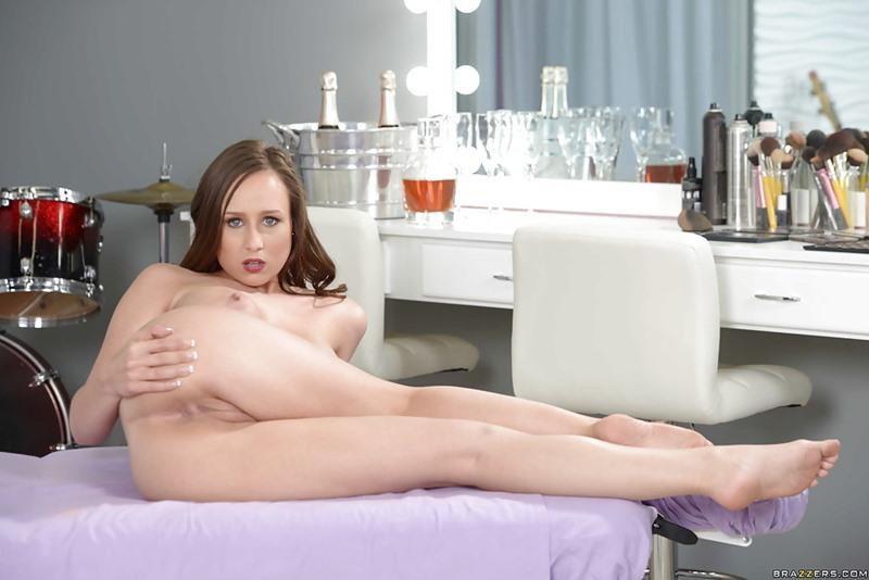 nude pics of danielle lloyd nude girl sex streams nude porn