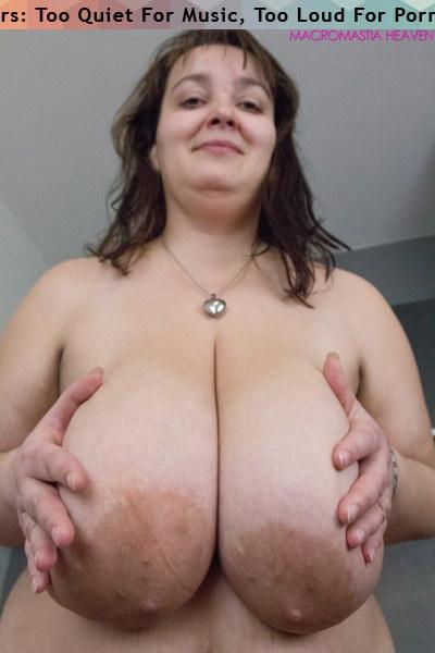 Hart nude beth Beth