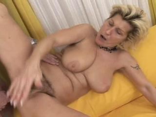 granny grandma oma videos cloak porn tube thousands - MegaPornX