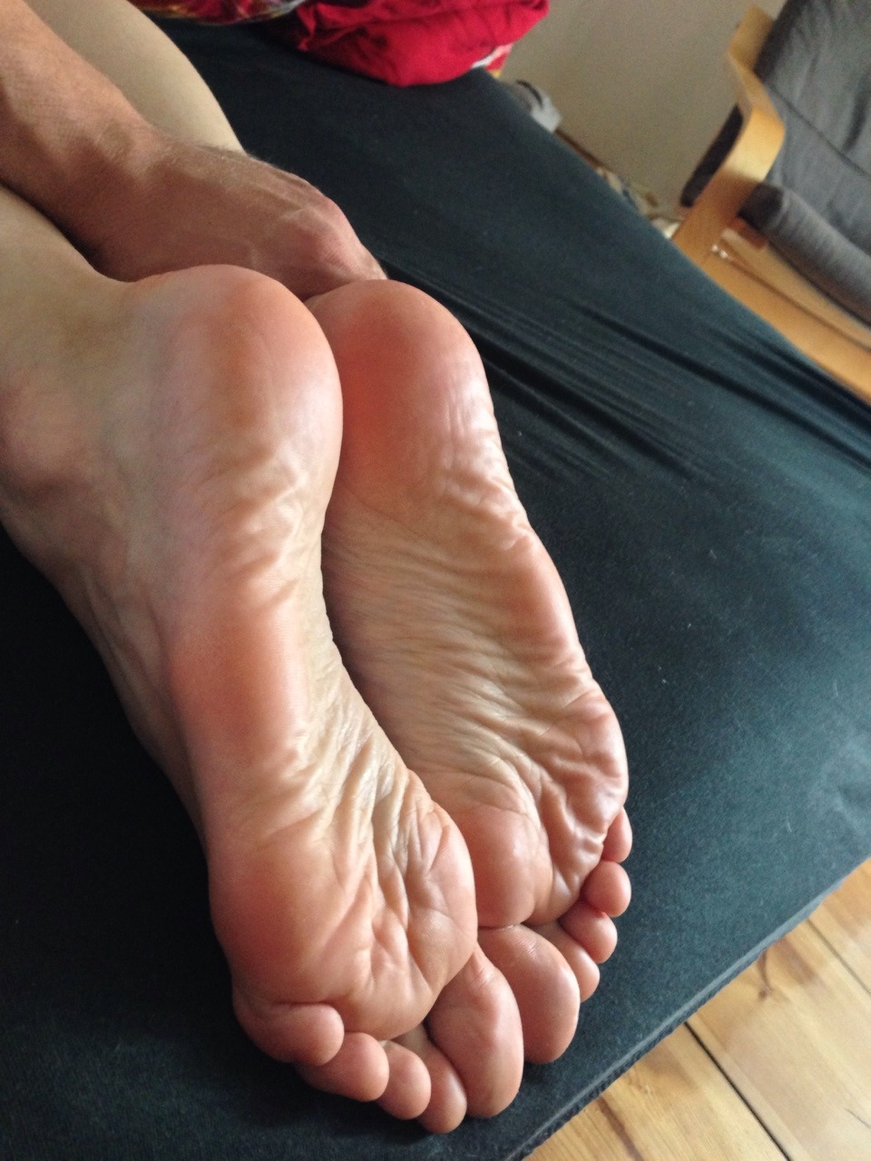 Toes soles tumblr - MegaPornX.com