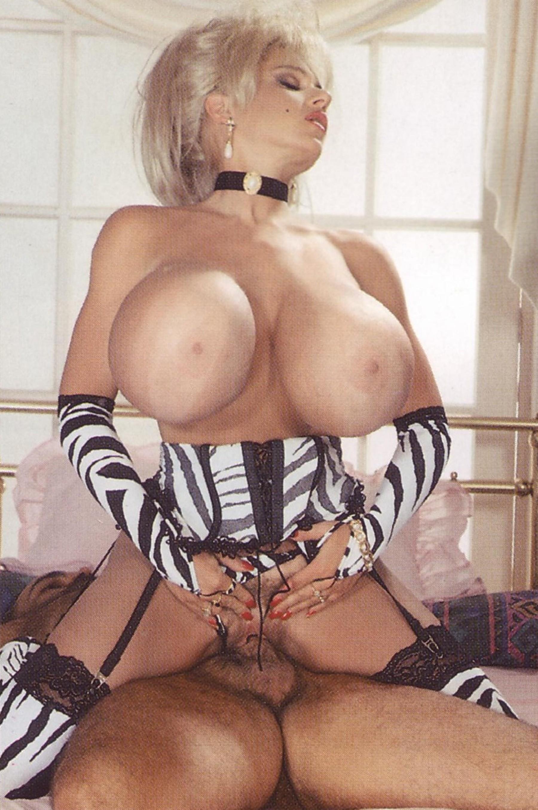 Pornstars with huge tits