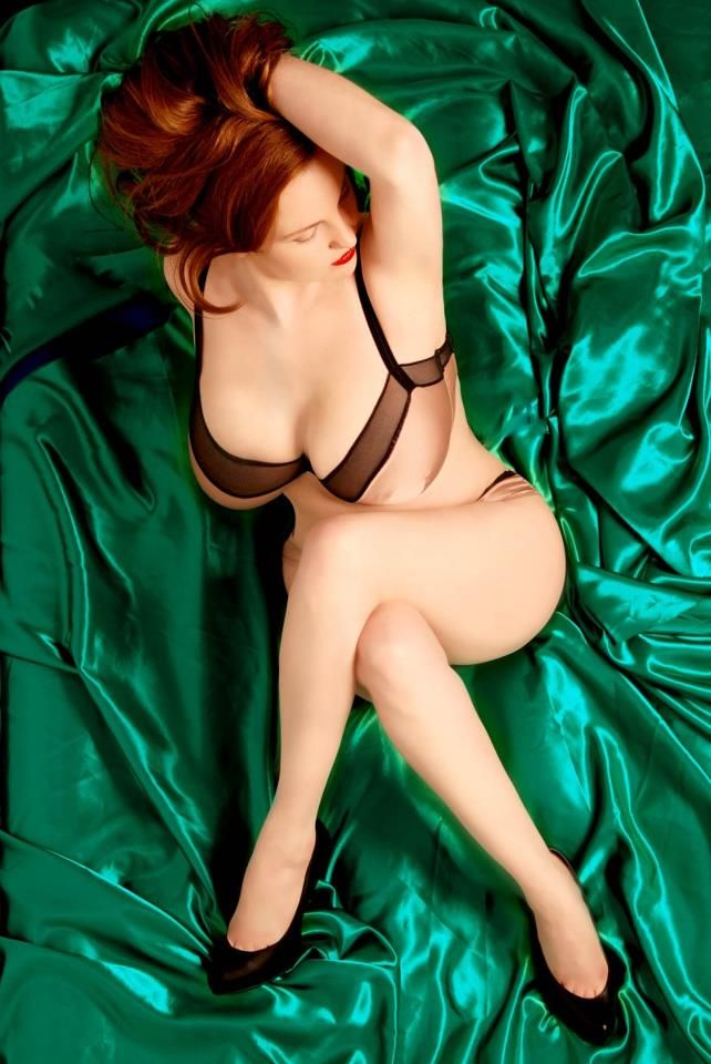 red pale curves red pinterest redheads hot 1