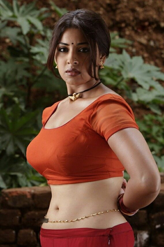 richa a curvy beauty with classic voluptuous figure awesome