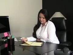 women with huge labia video