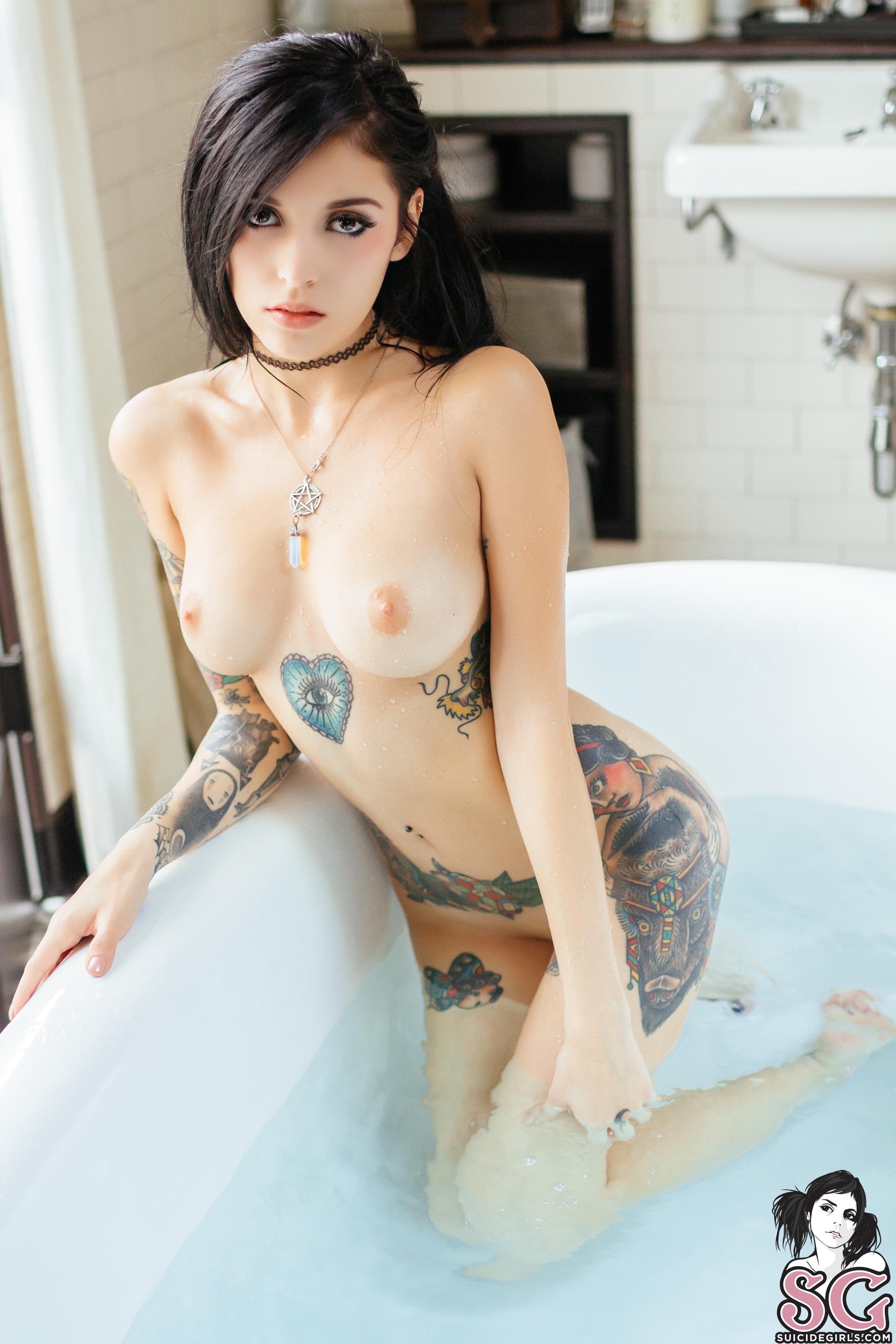 Andrea De Castro Desnuda naked sara rue - megapornx