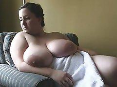amateur bbw huge boobs and ass