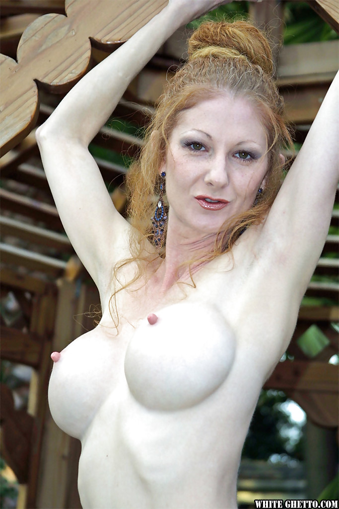 sensual mature model with big boobs annie body undresses outdoors 3