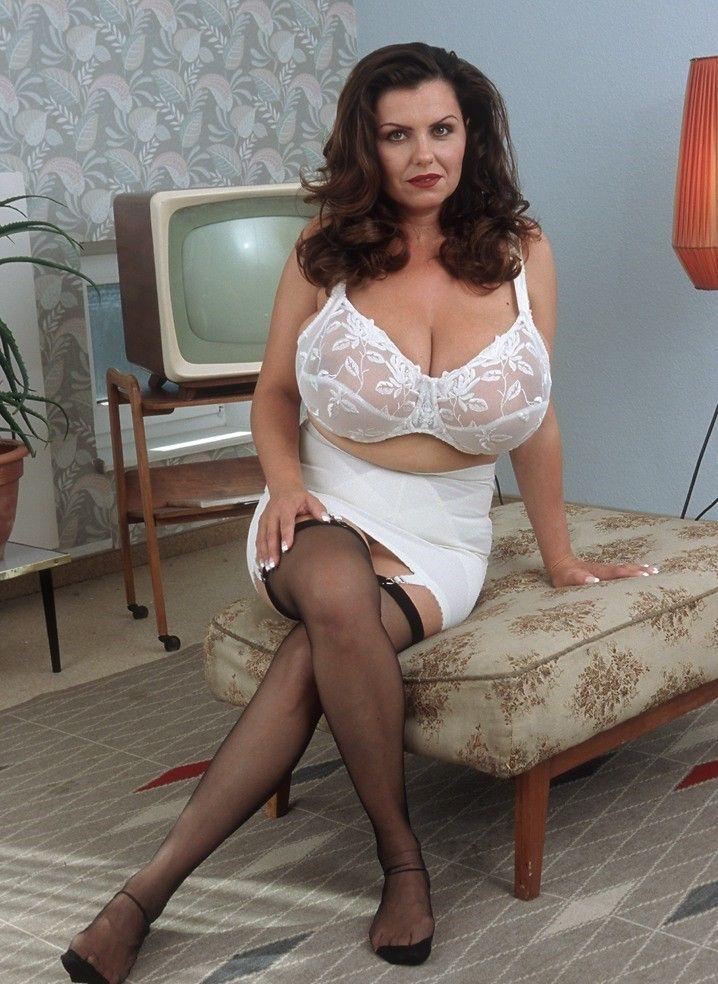 sexy cleavage bra xxx