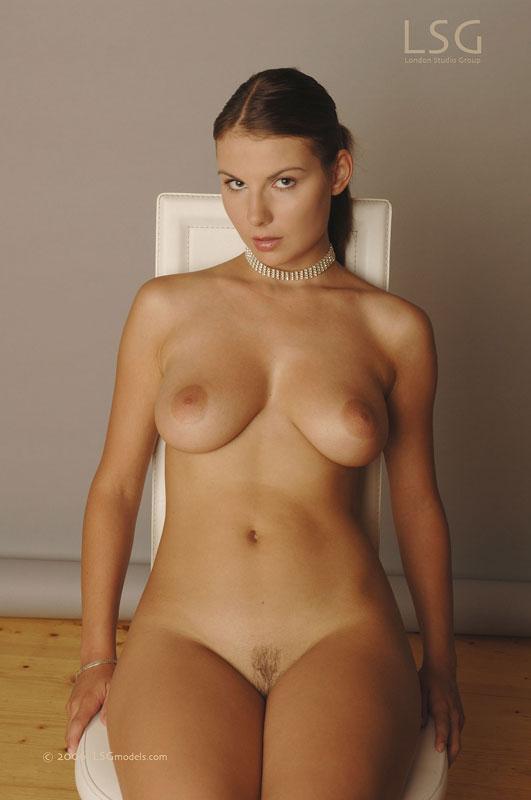 nackt Wanderburgova Lucy Porn Galleries
